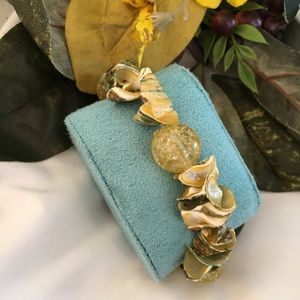 Shell and Beaded Stretch Bracelet